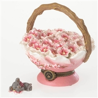 Blossom Basket - Boyds Treasure Box Figurine, 4027341