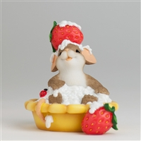 'You're a Sweetie Pie' Charming Tails Figurine, 4029319
