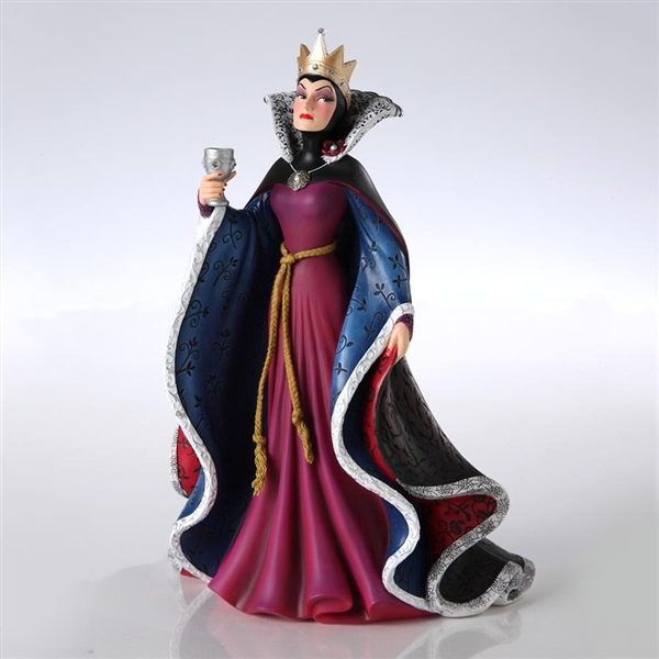 Evil Queen Disney Showcase Snow White Figurine