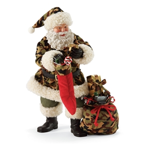 Possible Dreams Santa in Hunting Outfit Figurine