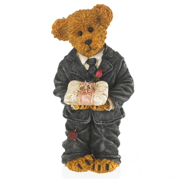 Bear In Hing Reng 2: Boyds Bear Wedding Ring Bearer Figurine