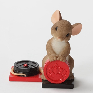 Mouse with Checkers - Charming Tails Figurine, 4033011