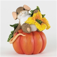Mouse on Pumpkin - Charming Tails Figurine, 4034327
