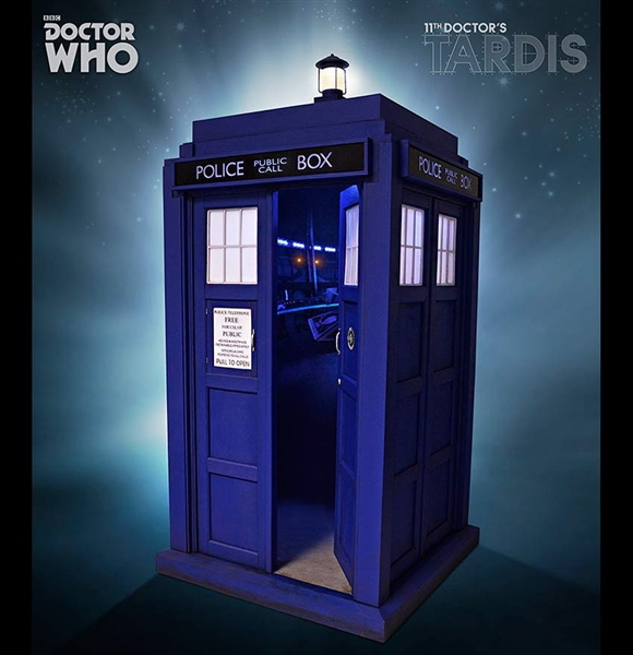 Eleventh Doctor S Tardis 1 6 Scale Police Box By Big Chief