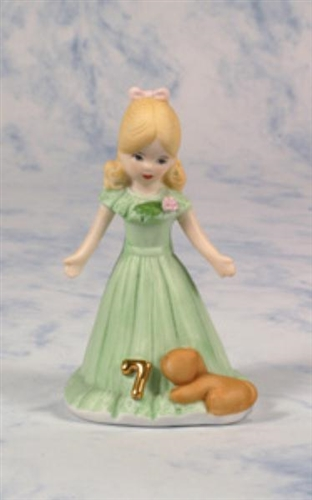 Age 7 Blonde Growing Up Girls Figurine E2307