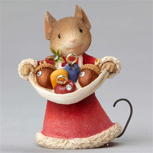 Heart of Christmas Mouse with Acorn Ornaments Figurine by Foundations 4052778