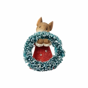 Heart of Christmas Mouse with Wreath Figurine