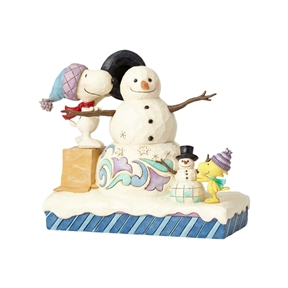 Snoopy and Woodstock Building Snowmen Peanuts Figurine by Jim Shore