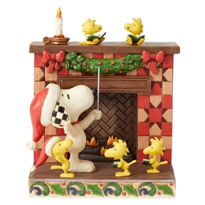 Snoopy and Woodstock Carols by Fireplace Peanuts by Jim Shore Figurine, 6002772