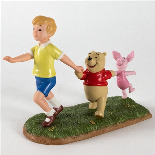 Christopher Robin, Pooh and Piglet March - Pooh & Friends Figurine, 4004014