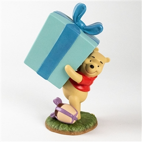 Pooh Holding Giant Present - Pooh & Friends Figurine, 4004025