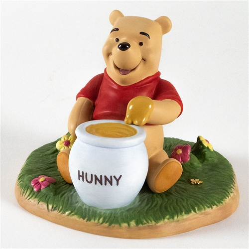 Pooh with a Pot of Honey - Pooh & Friends Figurine, 4009268