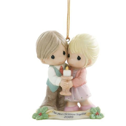Couple First Christmas 2009 - Precious Moments Ornament, 910004